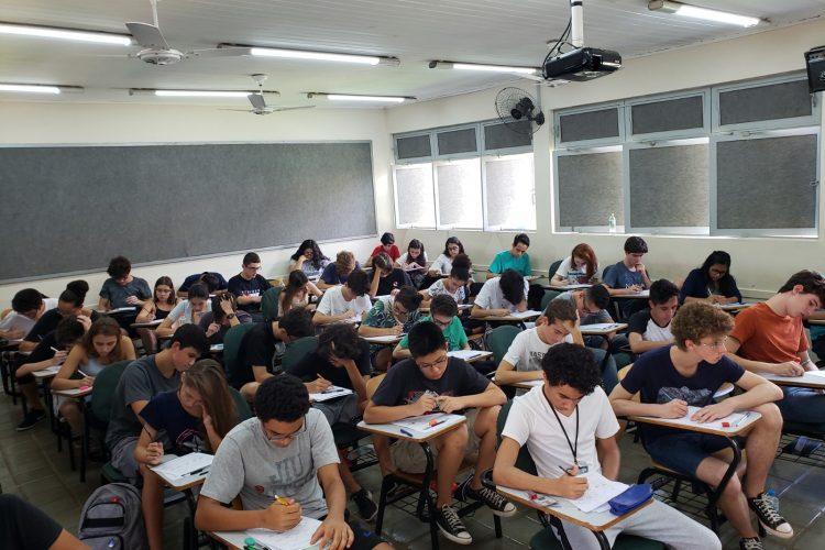 Alunos do Cotuca no Concurso Canguru de Matemática 2019